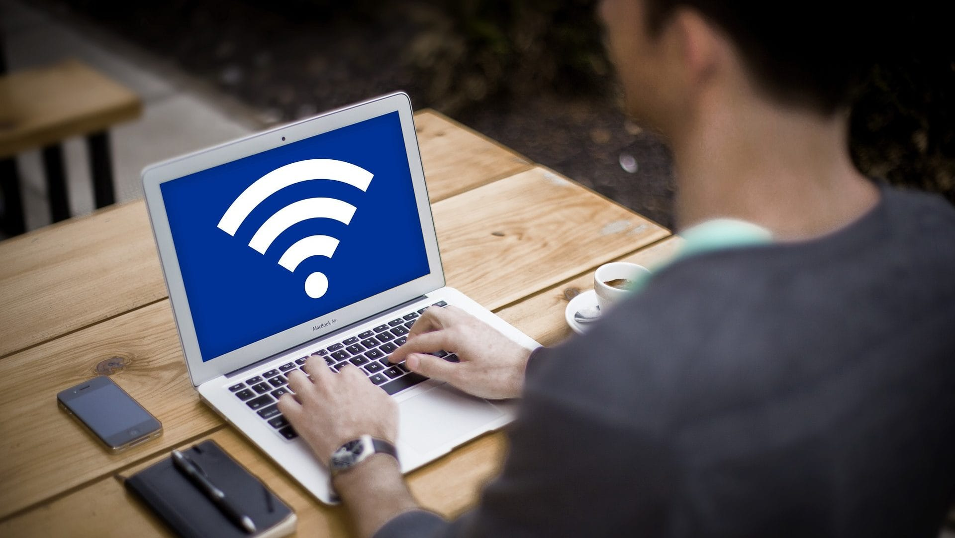 Les logiciels qu'il vous faut pour surveiller votre réseau Wi-Fi
