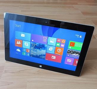 Et tandis que Microsoft présente deux nouvelles Surface d'entrée de gamme, le marché des tablettes continue de chuter