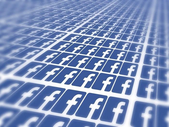 Facebook condamné pour avoir recueilli des données de façon illégale doit modifier ses conditions d'utilisation