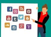 Facebook s'explique sur vos données en pointant du doigt Twitter, Youtube et Amazon