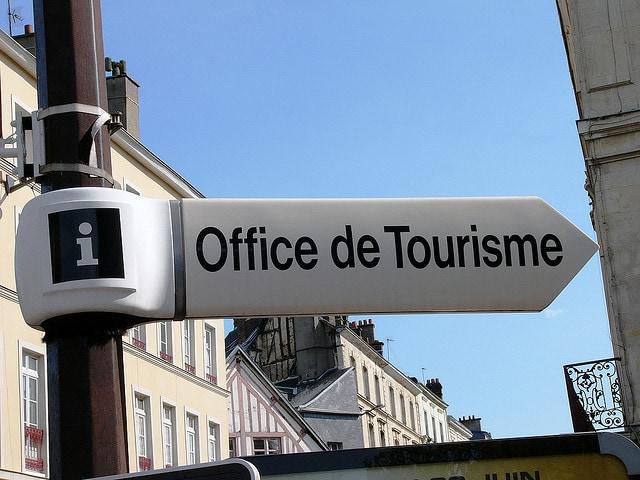 Les guides touristiques à emporter en vacances