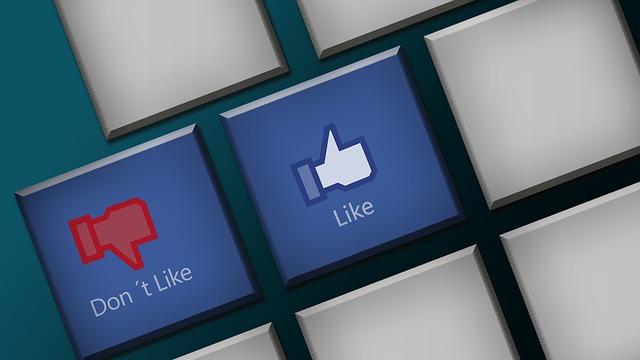 3 astuces pour éviter de se faire pirater son compte Facebook pendant les vacances