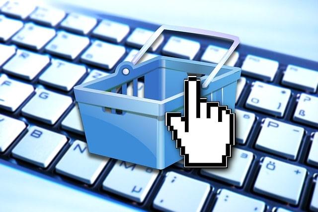 Comment les sites Internet monnaient les données des internautes légalement ?