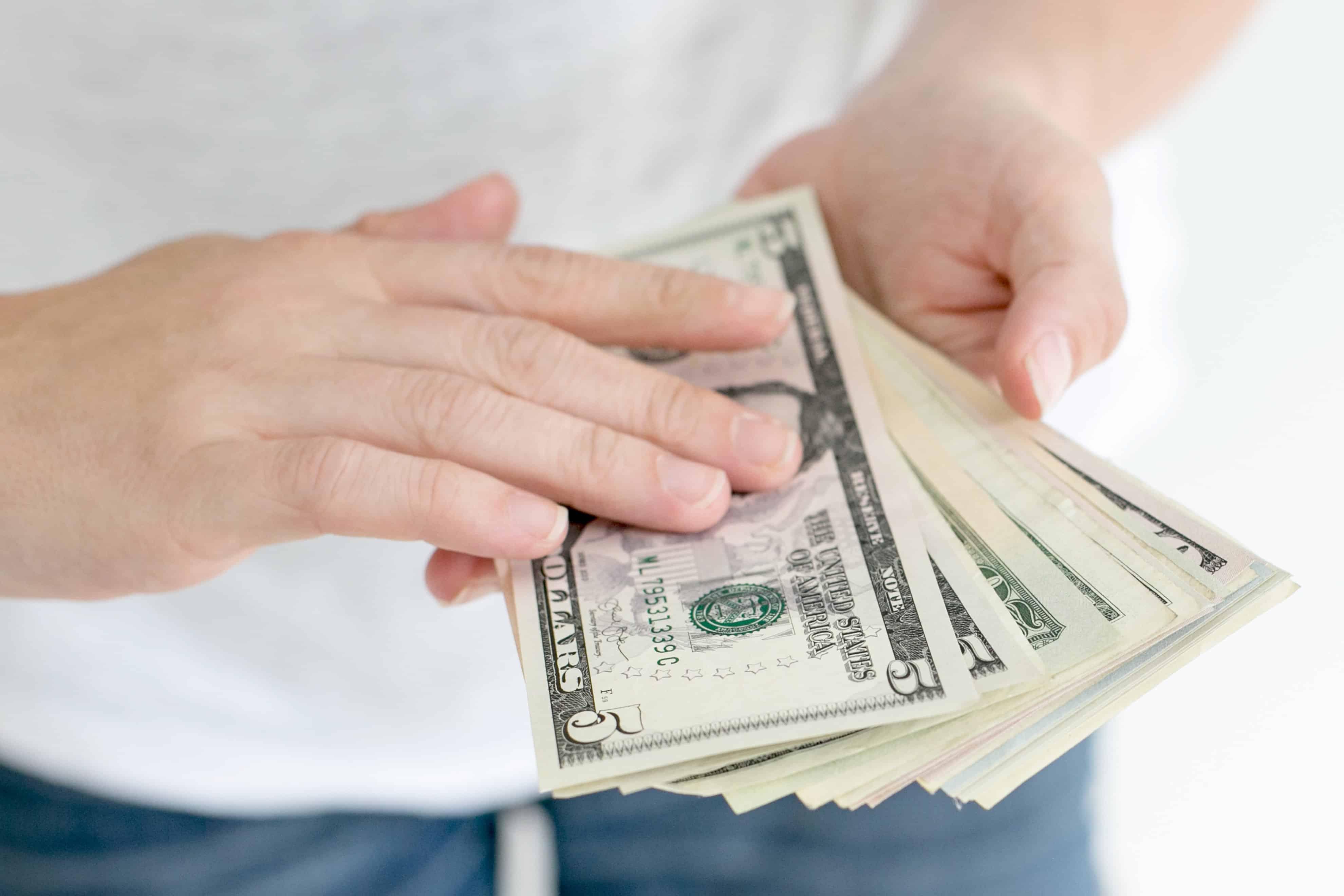 Comment gagner de l'argent en revendant ses données personnelles ?